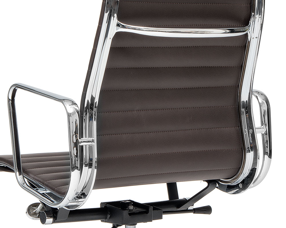 Eames Aluminium Chair chrome