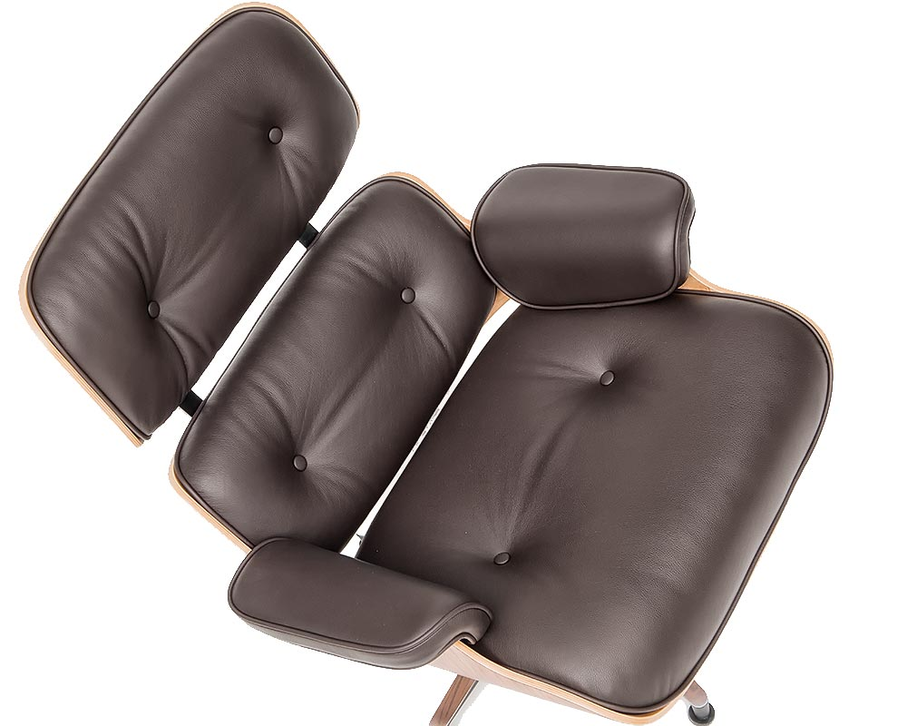 Charles Eames Lounge Chair leather