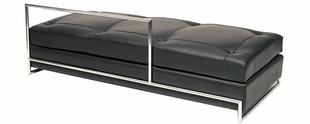 eileen gray daybed ein steelform designklassiker. Black Bedroom Furniture Sets. Home Design Ideas