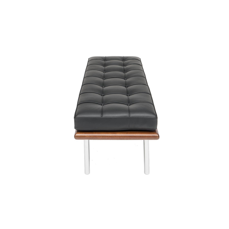 banc barcelona par mies van der rohe classique du design par steelform. Black Bedroom Furniture Sets. Home Design Ideas